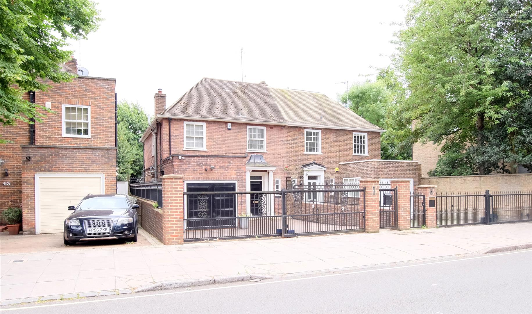 4 Bedrooms House for sale in Boundary Road, London